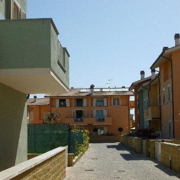 Progetti di nuovi edifici case a schiera lucca for Progetti di costruzione commerciale gratuiti