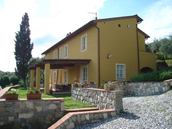 PROGETTI SPECIALI DI RECUPERO Ristrutturazione casa toscana, Lucca